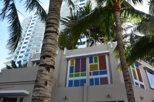 Windows on South Beach (Photo by Erin K. Hylton 2016)