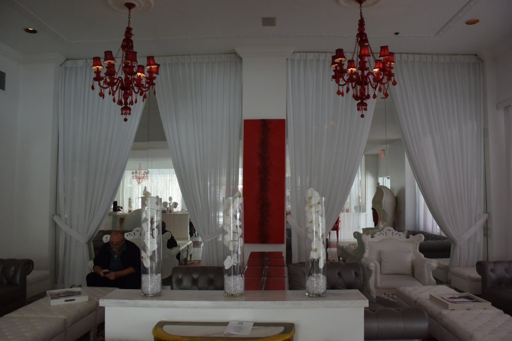 Lobby of the Red South Beach hotel (Photo by Erin K. Hylton 2016)